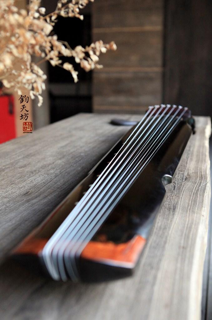 北京王鹏古琴_上海来凰文化传播有限公司-上海专业古琴培训,名家古琴专售